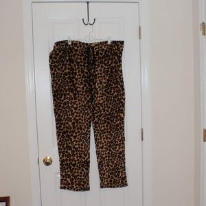 Leopard print Secret Treasure sleepwear